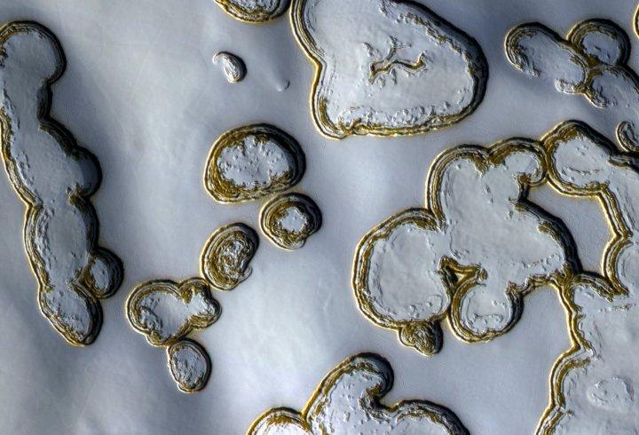NASA показало «зимовий»  Марс (фото)