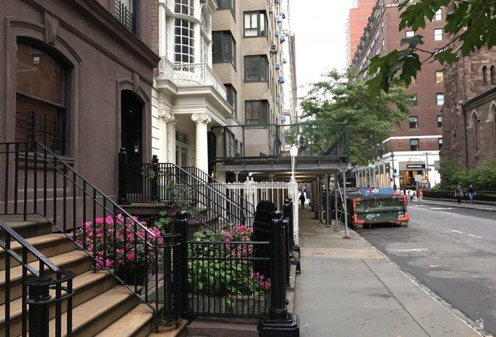 Чому в американських будинках високий ґанок