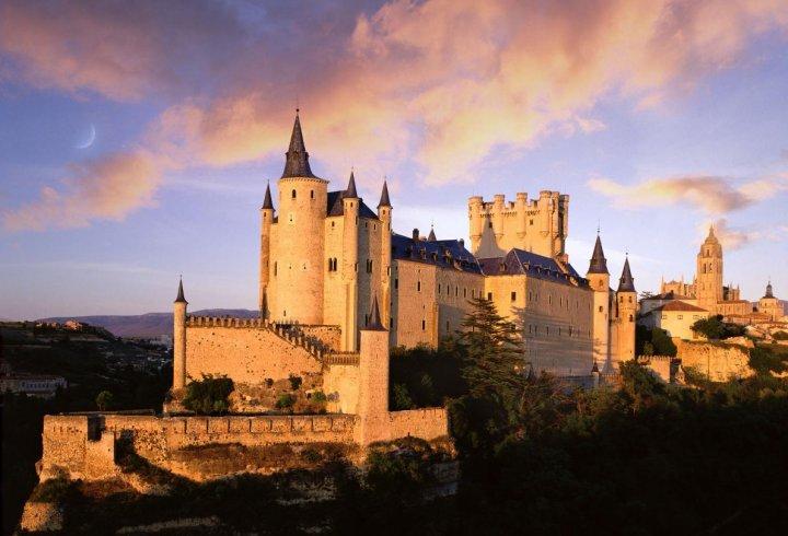 10 найкращих замків Європи за версією National Geographic (фото)