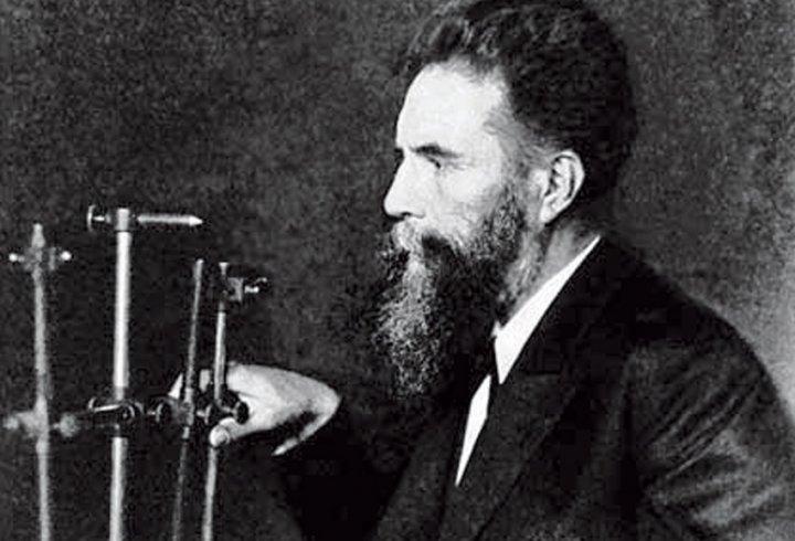 Іван Пулюй - українець, який першим відкрив Х-промені, відомі нині як рентгенівські