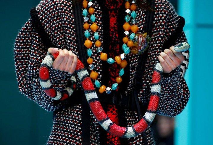 Gucci випустив на подіум моделей із копіями їхніх голів (фото)