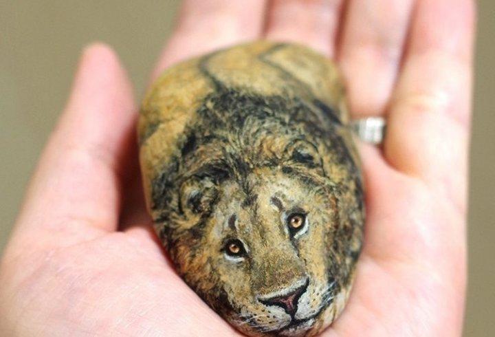 Японка перетворює камені в чарівних тварин (фото)