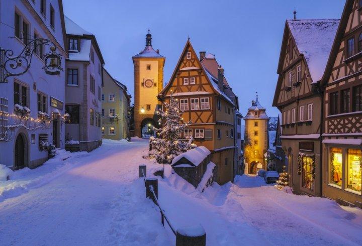 Яку температуру в будинках встановлюють взимку жителі різних країн