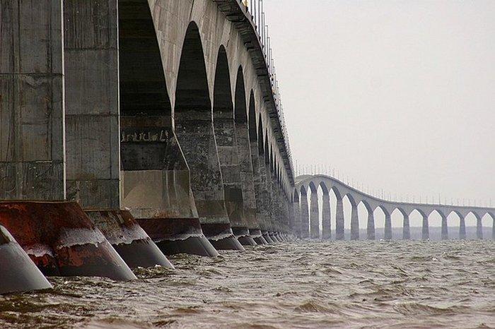 Міст Конфедерації в Канаді (фото)