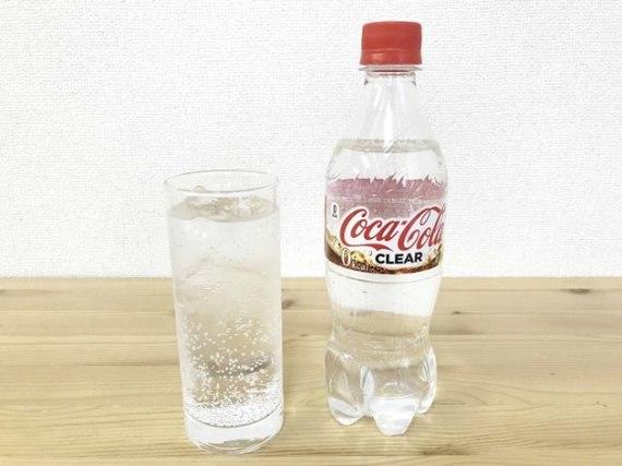 Coca-Cola випустила в Японії прозору колу (фото)