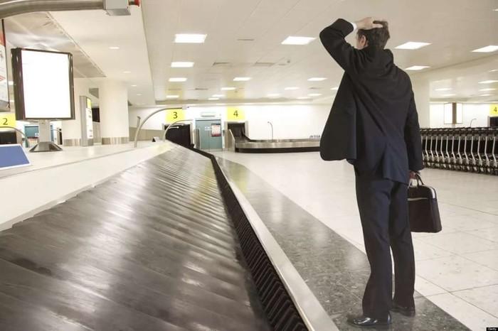 Чому в телефонах колл-центрів грає музика, а літаки ставлять подалі від терміналу