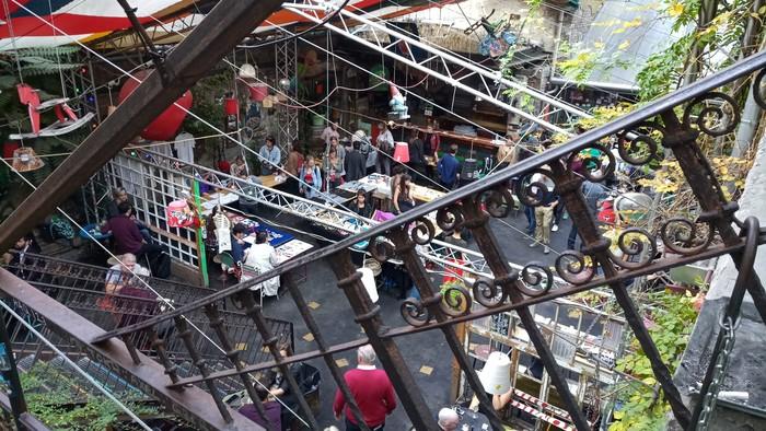 Руїн-бар в Будапешті (фото)