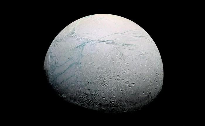 Де знайти найчистіший сніг в Сонячній системі?