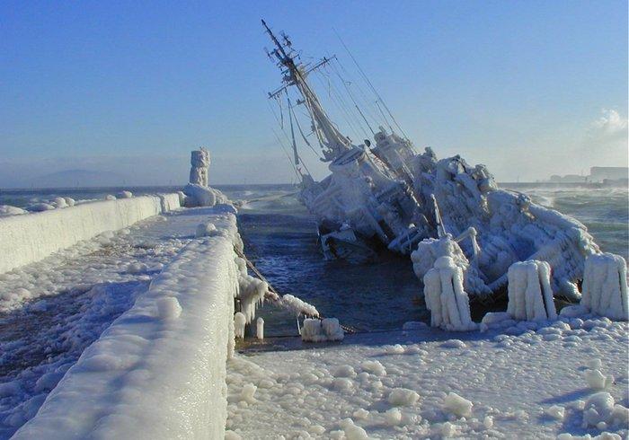 Як крижаний вітер топить кораблі (фото)