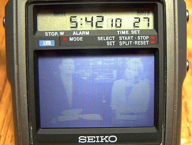Перший в світі наручний годинник з телевізором з 80-х