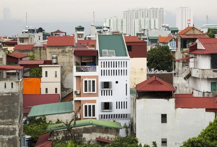 На ділянці 41 кв. м побудували будинок 150 кв. м (фото)