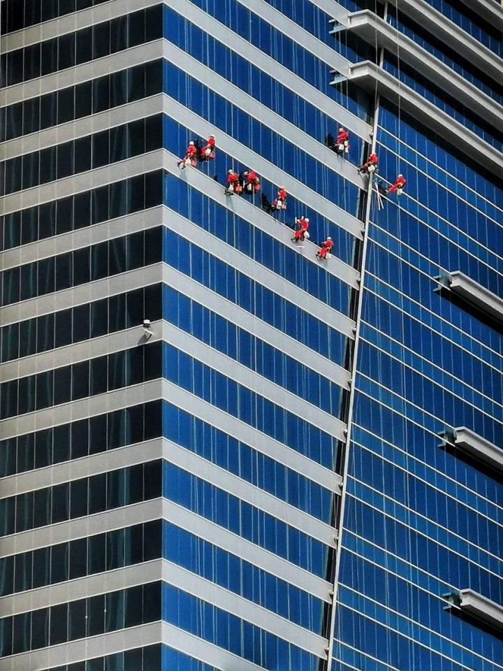 Фотоконкурс «Люди за роботою» (фото)