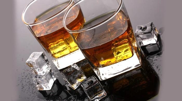 5 найпопулярніших варіантів коктейлів з віскі