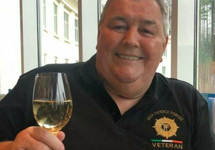 «Гей, випустіть мене!»: Ірландець перед смертю записав повідомлення для свого похорону, щоб розсмішити скорботних близьких