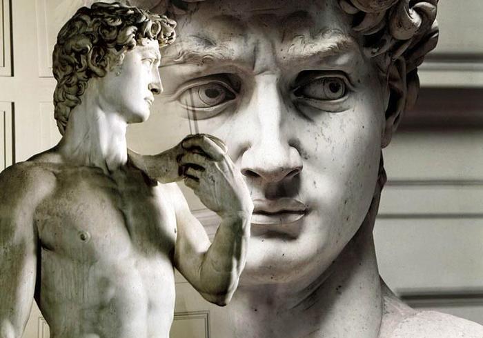 Деталь в скульптурі Мікеланджело, на яку не звертали уваги 500 років