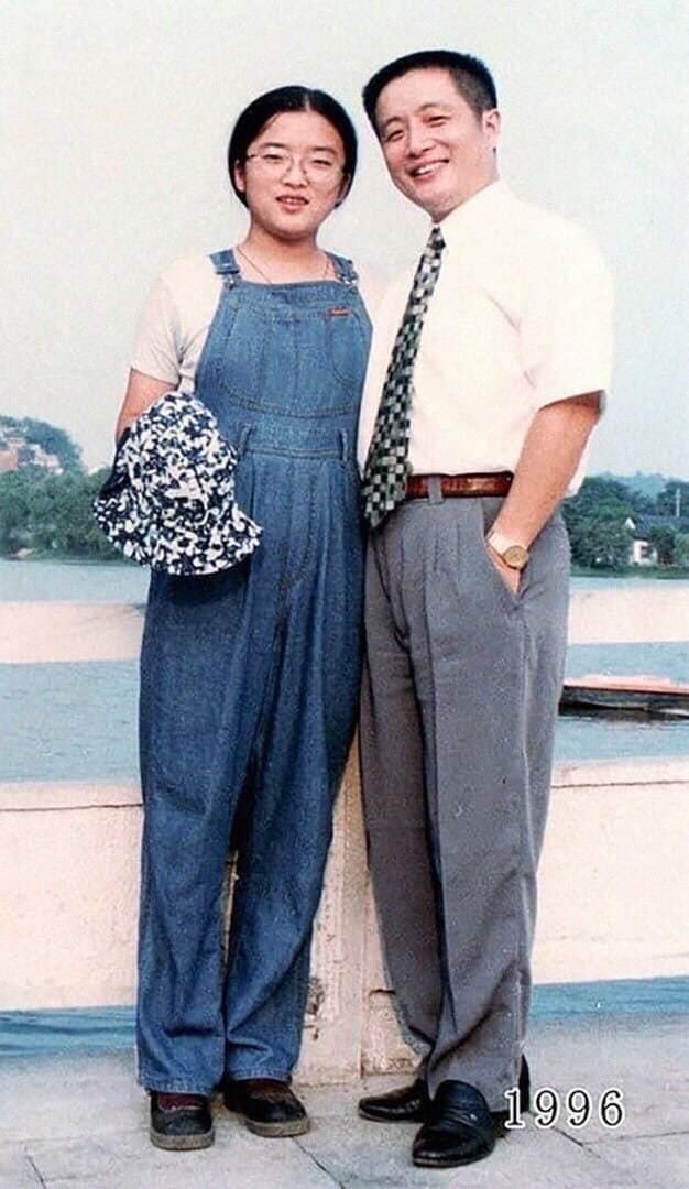 Батько з дочкою протягом 40 років фотографувалися на одному і тому ж місці