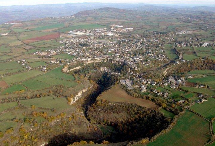 Бозуль - місто, розташоване над прірвою (фото)