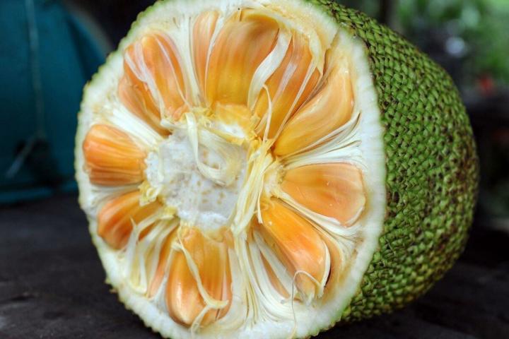 Кілька рідкісних екзотичних фруктів, про які мало хто знає (фото)