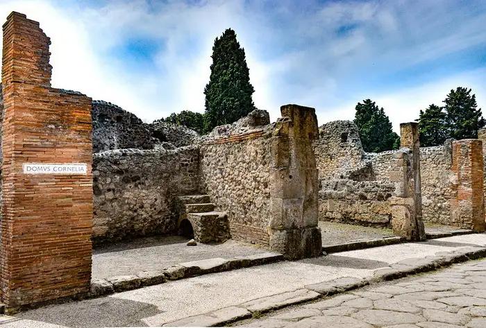 Феномен римських доріг: Як вони змогли зберегтися більше 2000 років і чому використовуються досі