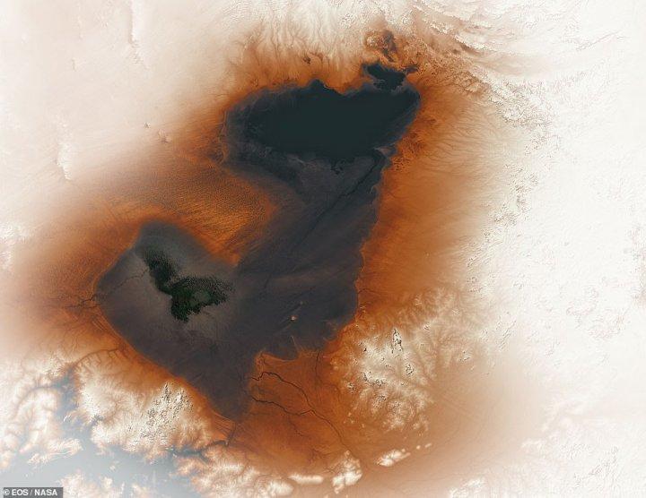 NASA опублікувало знімок гігантського стародавнього озера Сахари