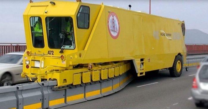 Як в США вирішують проблему заторів за допомогою автомобіля-блискавки (фото, відео)